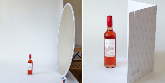 Mirror as reflector for product photo